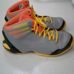 - Adidas  Boys athletic Art Sneakers size 2